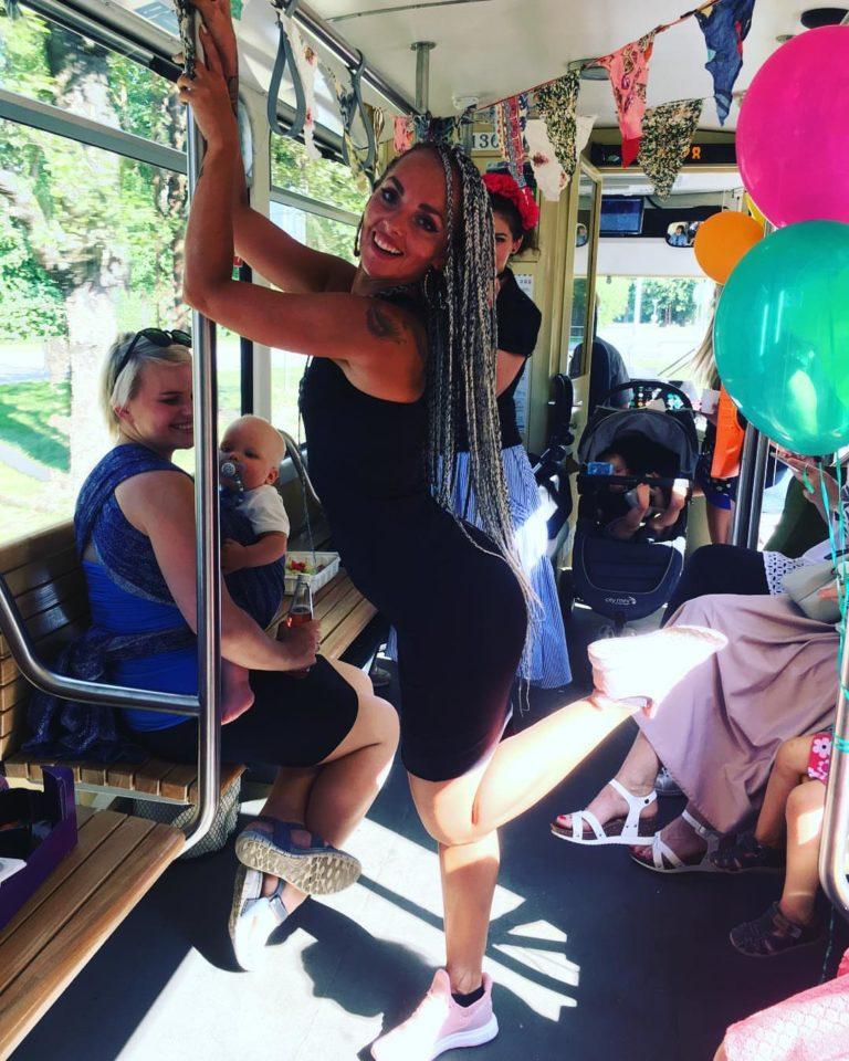 yahnadancer tuubiga trammis